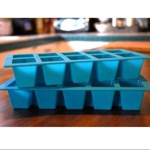 Other - 2 Shasta Silicone Ice Cube Trays